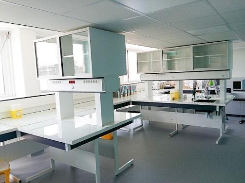 Elix a traduit le programme fonctionnel et faisabilité d'implantation des services pour la pharmacie, biochimie métabolique endocrinienne & pharmacologie de l'APHP